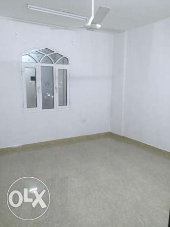 flat for rent in al heil south near to balkis farmashi