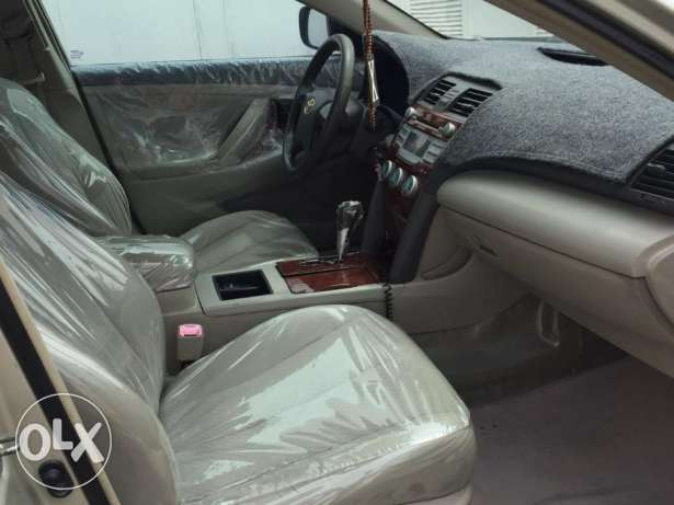 Toyota Camry Fully Automatic for Urgent Sale صلالة -  6