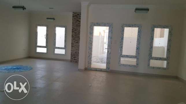 brand new villa for rent in al ansab 4 بوشر -  2