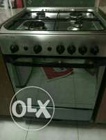 Cooking Range / Oven