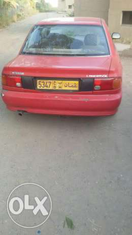 Mitsubishi Lancer in good condition for sale. مسقط -  7