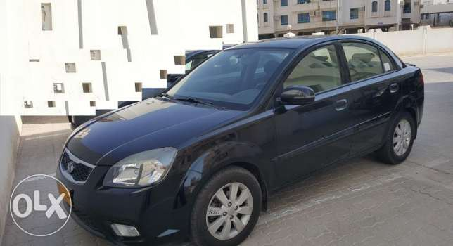 kia rio 2011 - top of the range edition -well maintained بوشر -  1