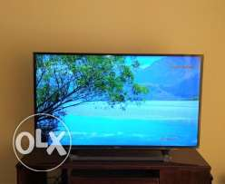 Sony Bravia Full HD TV 48 inches at a discounted price!