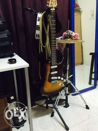 fender squier stratocater