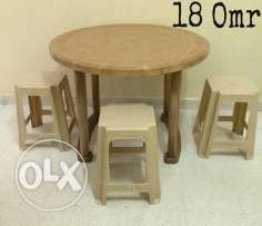 Fiber table and 3 stool..free delivery