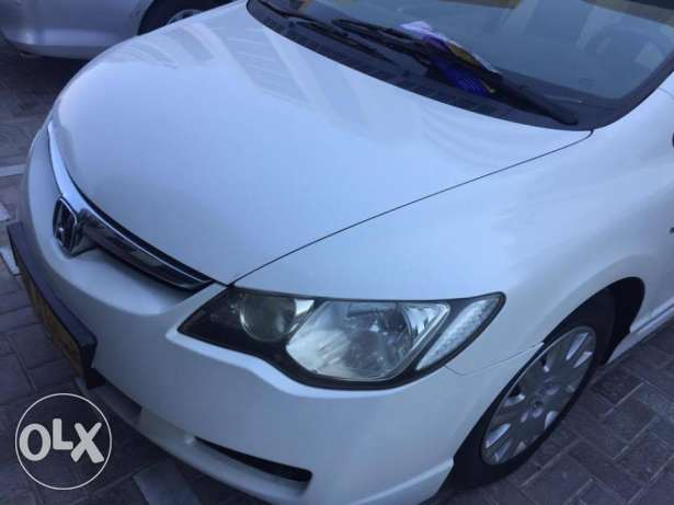 civic only 46000 driven مسقط -  5
