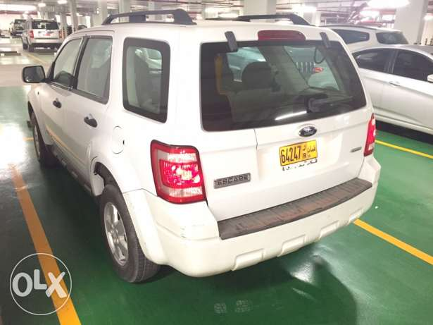 REDUCED PRICE Great Condition Expat Driven Ford Escape 3.0. / 4WD! مسقط -  4