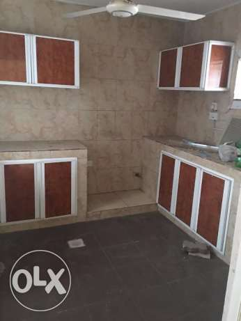 3 BHK for rent in alkhawir 17/1 3 bedrooms Hall Big kitche مسقط -  7