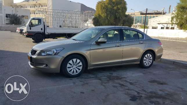 Honda Accord 2010 مسقط -  2
