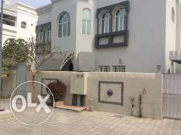 Refurbished 5BHK stand alone villa FOR RENT in Qurm29 near ABA school