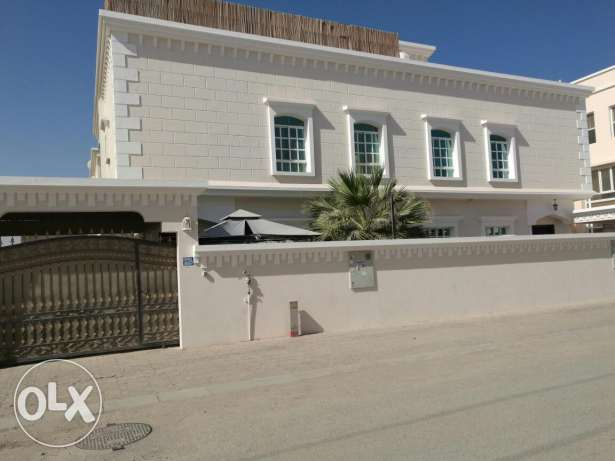 Azaiba villa for rent مسقط -  1