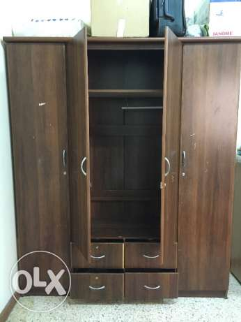 Wooden 4 door Wardrobe مسقط -  4