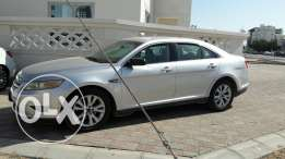 Ford Taurus 2011 . Done 51000 km