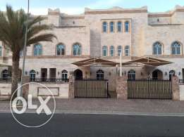 4-bedroom Villa in South Mawaleh