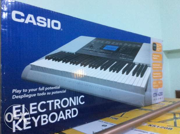 Casio Musical Electronic Keyboard with Stand مسقط -  1
