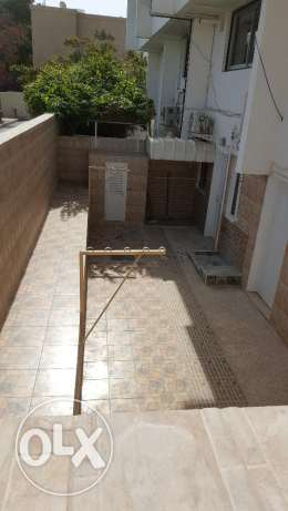 Beautiful Villa in Qurum 16 for RENT