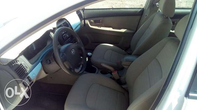 Cerato 2007 manual gear 1.6 well maintained in very good condition. ينقل -  3