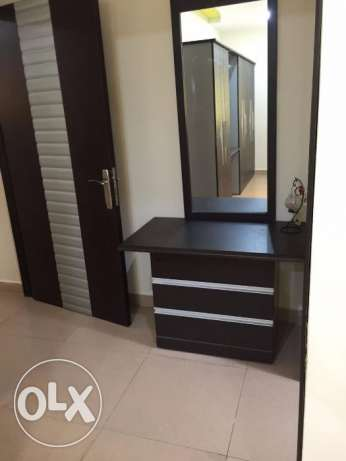 Amazing Deal 3BHK Fully Furnished maid room in alkhawir near park inn مسقط -  3