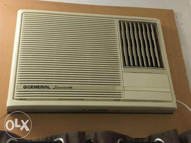 2 OGeneral window Acs for sale