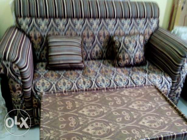 Attractive, Good status Used SofaSet 3pcs w/ 2 coffi table, local made