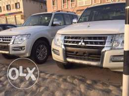 Mitsuibis pajero 4 wheel car for daily rent in musat al hail