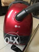 LG vacuum cleaner(powerful suction)