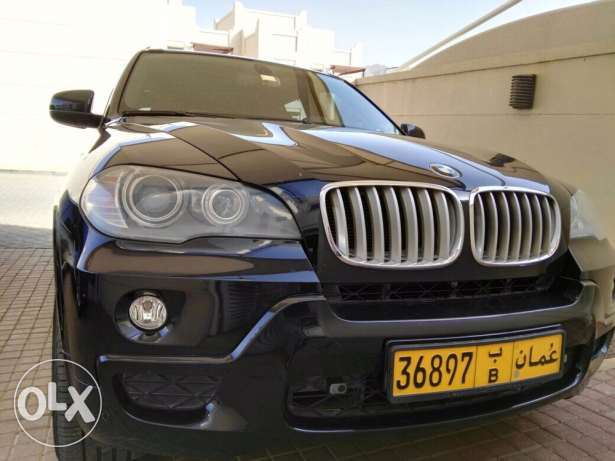 Black BMW X5 2010 full options 4.8