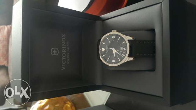 Victorinox suisse army watch