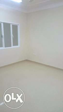 1 BHK for rent in Alkhawir 42 مسقط -  2
