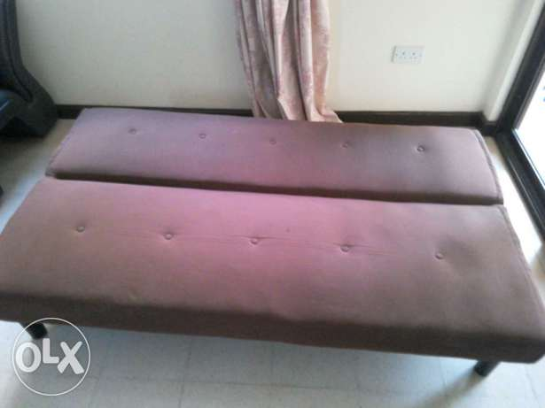 Brown Sofabed 30 Omr for sale مسقط -  2