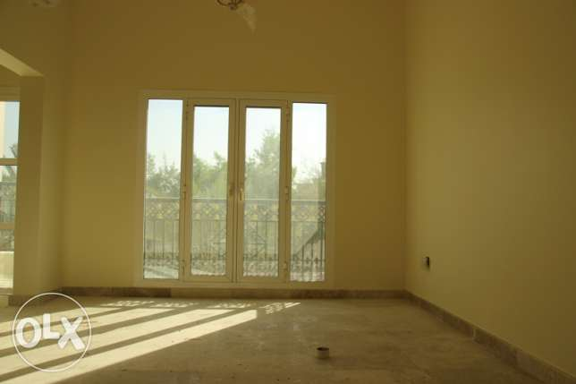 Al Hail South - Brand New 4 Bedroom Villa in a Complex مسقط -  8