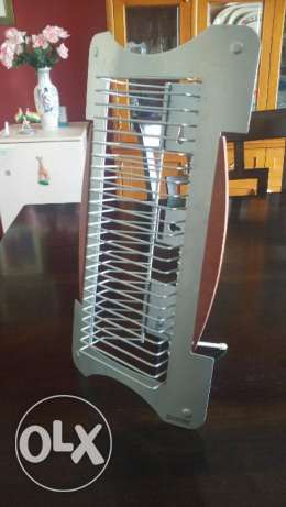 CD rack by Techpoint