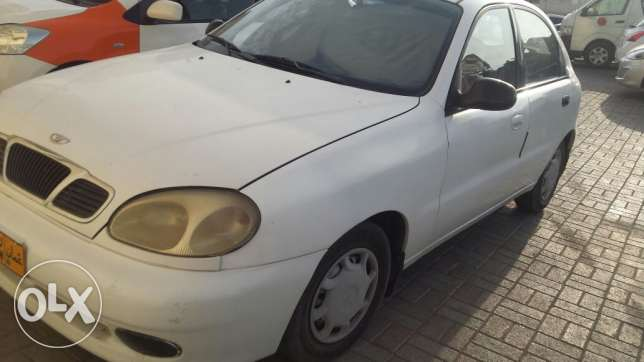 Daewoon lanos 2002 model hatchback for sale at very good price