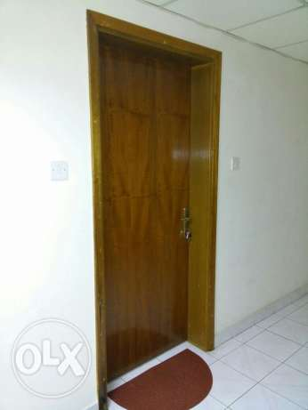 Room for rent in prime location rawasco al khuwair مسقط -  5