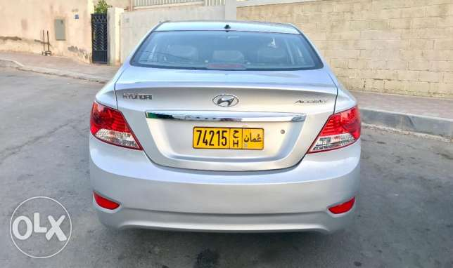 Hyundai Accent 1.6L 2012 model Expat single owner low milage مسقط -  4