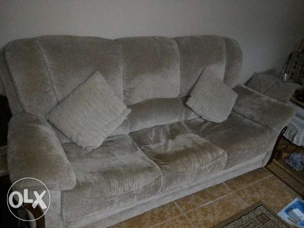 Couch for sale - expat leaving السيب -  1