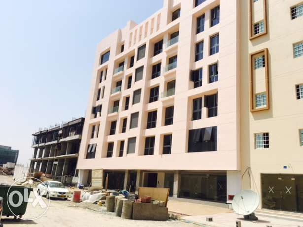 Bousher oppsite Dolphin village new Bulding for rent مسقط -  1