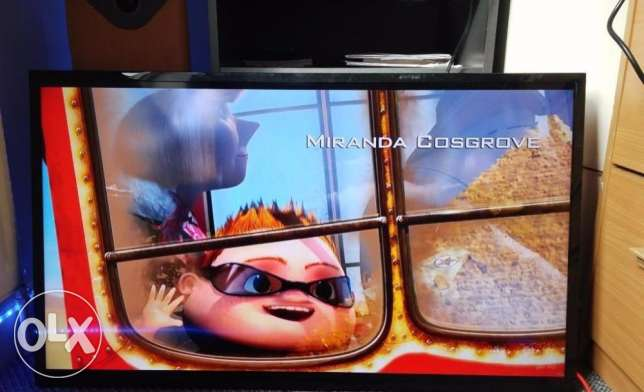 LG HD LED TV 42 Inch for sale. Expat Leaving