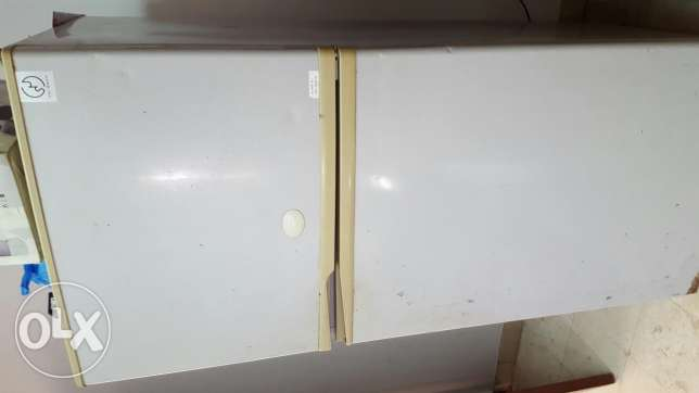 Sharp Frige full size for sale in good condition 450 ltr مسقط -  2