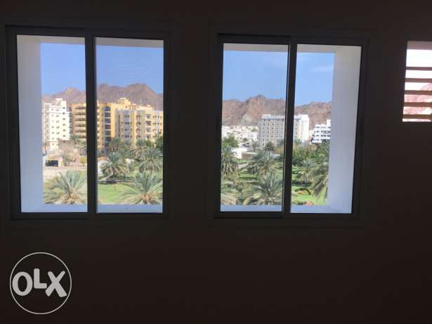 big Room for rent executive bachelor wadi kabir مسقط -  2
