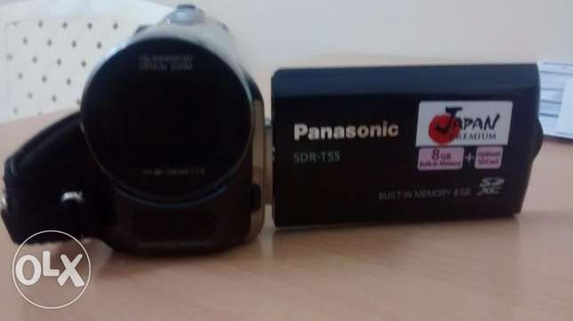 panasonic sdr-t55 camcorder in very good condition for immediate sale