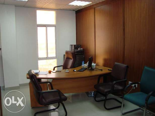 Fully furnished office at prime location in Ghala near Royal Hospital مسقط -  3