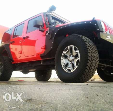 2014 Jeep Wrangler unlimited custom مسقط -  3