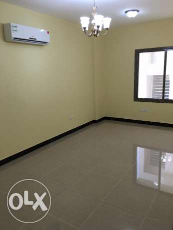 new flat for rent in ghala in a good location with big area 140 مسقط -  6
