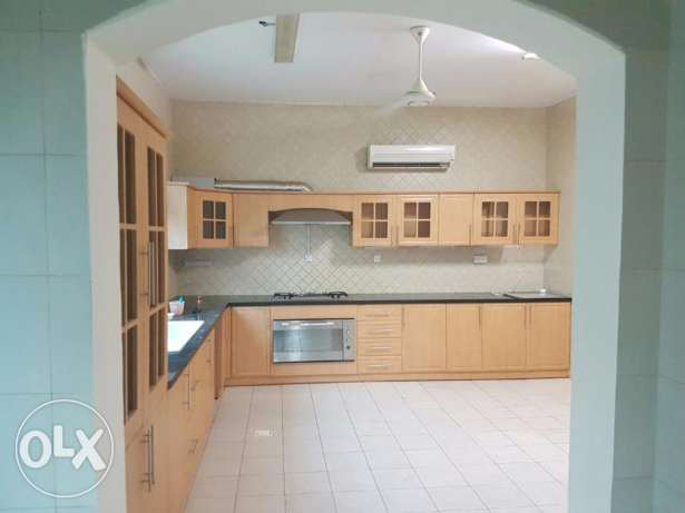 Wonderful 6BHK Villa for Rent in Azaiba بوشر -  3