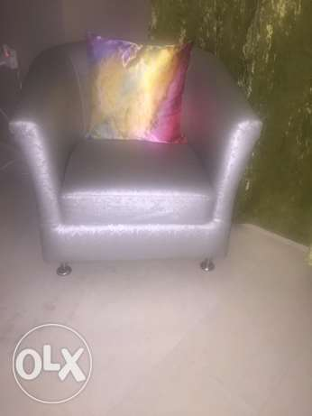 three silver chairs for sale مسقط -  2