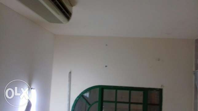 Room for rent in ghobra near to indian school