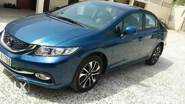 Honda Civic 2013 full option.
