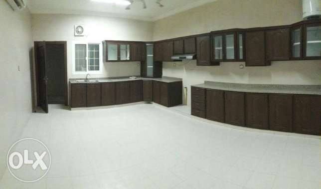 KK 402 Villa 4 BHK in Mawaleh South for Rent مسقط -  6