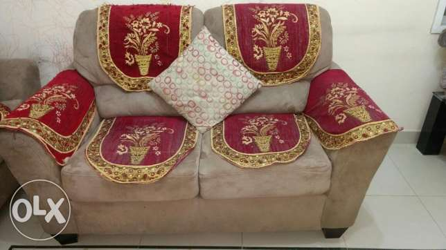 Sofa set 3+2+1- Al Khuwair for sale مسقط -  3